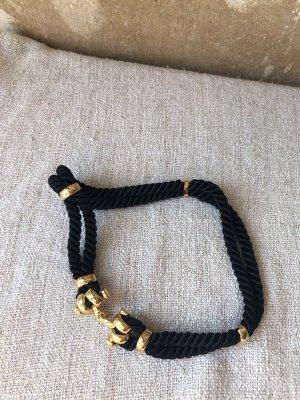 Tailliengürtel mit goldener schnalle