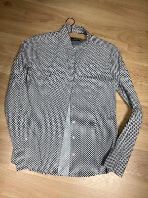 Taillierte Bluse mit Stretch