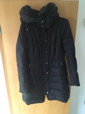 Taillierte Winterjacke/ Parka