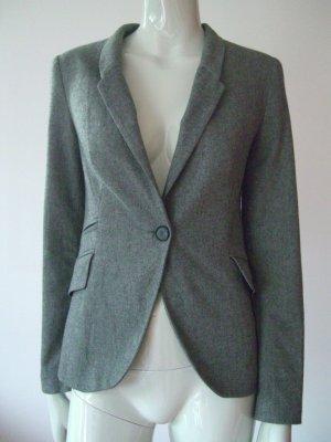 Taillierter Blazer in Grau