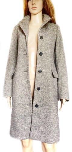 Taillierter, halblanger Mantel