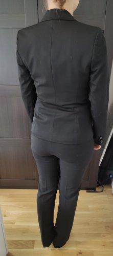 Taillierter hochwertiger Blazer und Hosenanzug Hose. Neuwertig. Elegant. Sehr schön in Kombination. Kann zusammen oder einzeln erworben werden.
