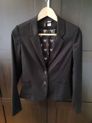 Taillierter, schöner Blazer von Divided in schwarz