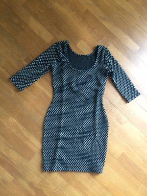 Robe pull noir-gris