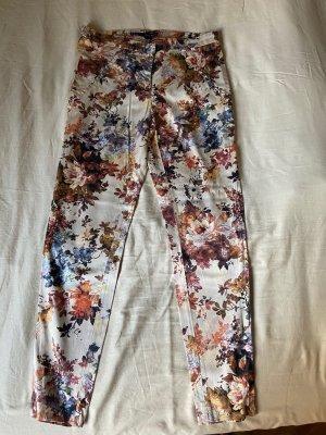 Tailored Hose Blumen