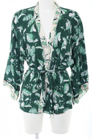 talk about Kimono green-white flower pattern casual look