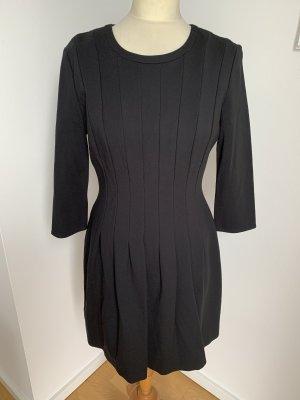 Talkabout Jersey Interlock Kleid in schwarz mit Falten