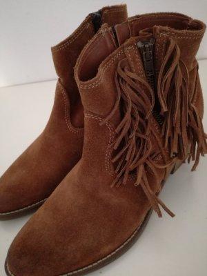 Tamaris Botines estilo vaquero marrón