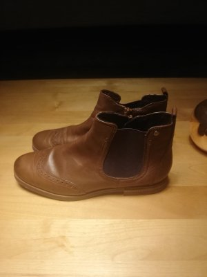 Tamaris Botines Chelsea marrón