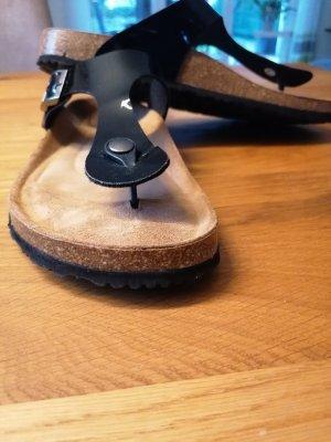 Tamaris Flip-Flop Sandals black