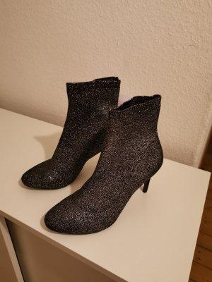 Tamaris Botas deslizantes negro-color plata