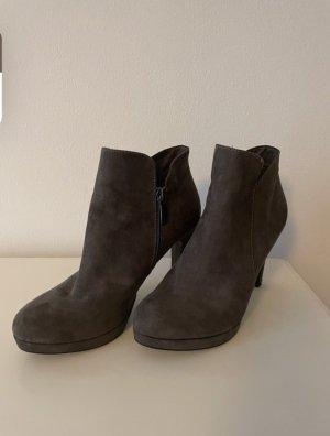 Tamaris Wysokie buty na obcasie antracyt