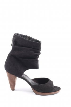 Tamaris Peep Toe Pumps black casual look