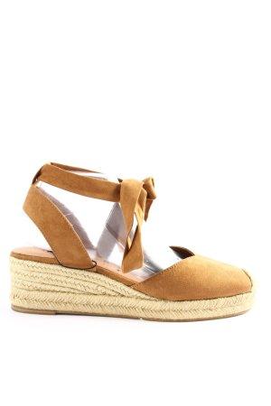 Tamaris Plateauzool sandalen bruin casual uitstraling