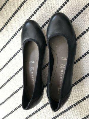 Tamaris Pumps, schwarz, mit Keilabsatz, kaum getragen, 38