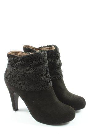 Tamaris Zipper Booties black casual look