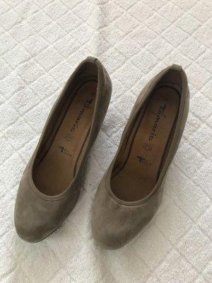 Tamaris Schuhe mit Keilabsatz in 39