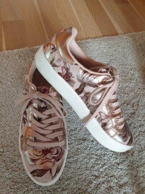 Tamaris Sneaker - Laufen wie auf Wolken!