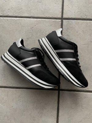 Tamaris Sneaker Neu!