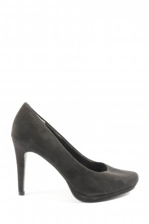 Tamaris Zapatos de punta negro look casual