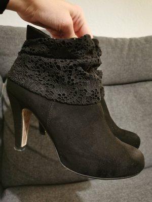 Tamaris Stiefeletten schwarz mit Absatz