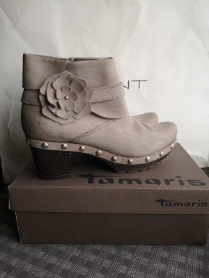 Tamaris Platform Booties light grey