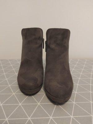 Tamaris Platform Booties dark grey leather