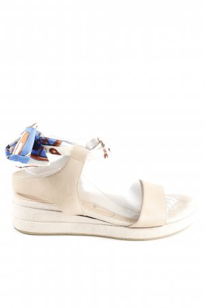Tamaris Wedges Sandaletten creme Casual Look