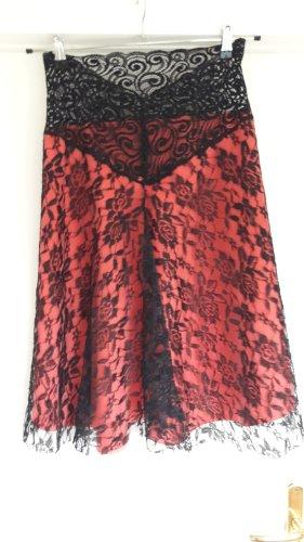 Koronkowa spódnica czarny-różowy Poliakryl