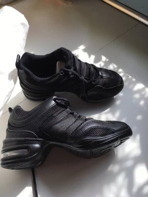 Tanz Sneaker