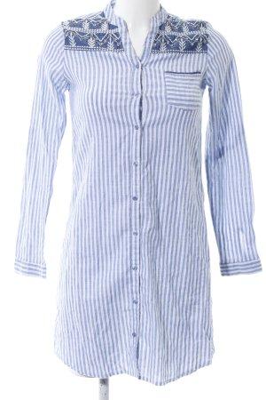 Hemdblousejurk blauw-wit gestreept patroon casual uitstraling