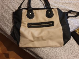 Avon Handbag white-black