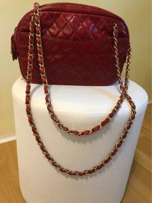 Chanel Bolso rojo oscuro Cuero