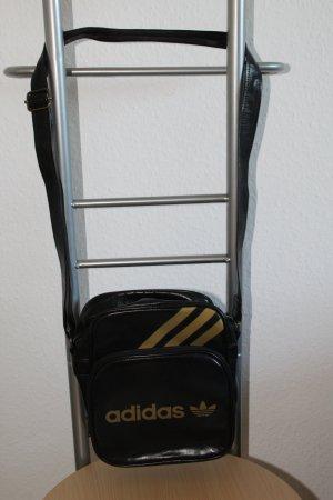 Tasche (Adidas)