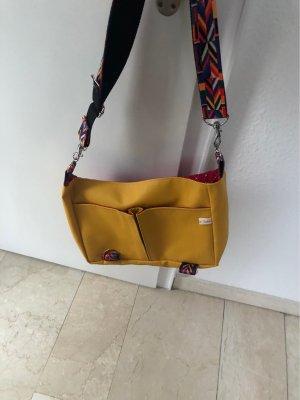 Handgenäht College Bag light orange