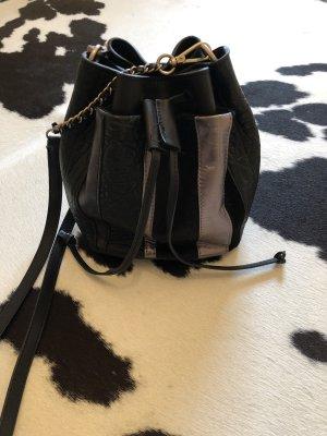 Tasche Beutel schwarz liebeskind Berlin Leder neu Silber clutch Handtasche
