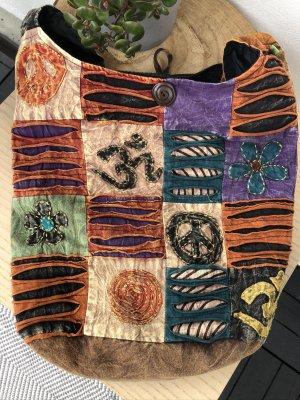 Tasche Beutel stonewashed Baumwolle rostrot Om Zeichen schwarz