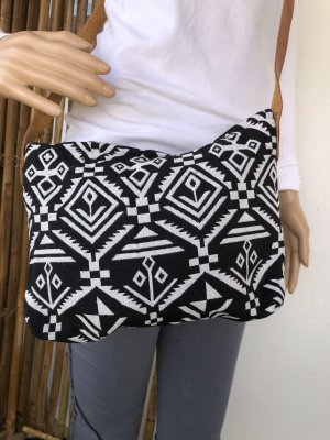 Tasche gewebte Baumwolle 27x20cm schwarz weiß Ethno Boho Tragegurt echt Leder verstellbar