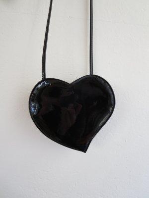 Tasche Mini Herzform schwarz Lack