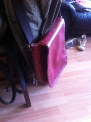 Tasche mit Nieten in Bronze aus Leder?! Rover & Lakes (Galeria)