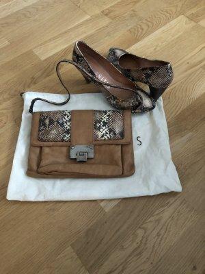 Tasche und Schuhe neu