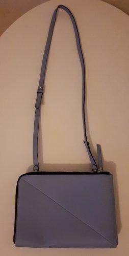 Tasche zum umhängen hellblau