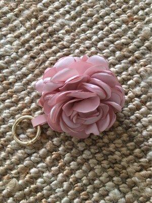Marc Cain Breloczek do kluczy w kolorze różowego złota-różowy