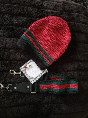 Taschengurt mit passender Mütze und Leonardo Anhänger Tropfen rot  Geschenkpacket