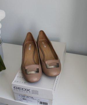 Taupefarbene Schuhe von Geox