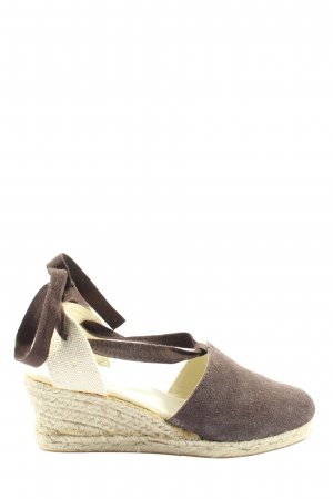 TCM Espadrille Sandals brown-natural white casual look