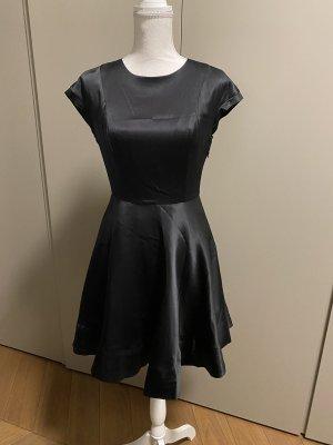 TED Baker Kleid