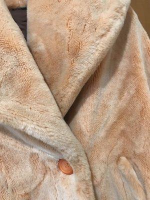 Giacca in eco pelliccia albicocca Pelliccia ecologica