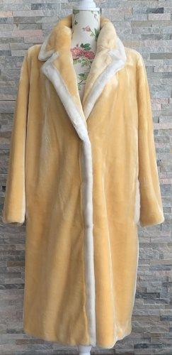 Stand Płaszcz ze sztucznym futrem bladożółty-biały