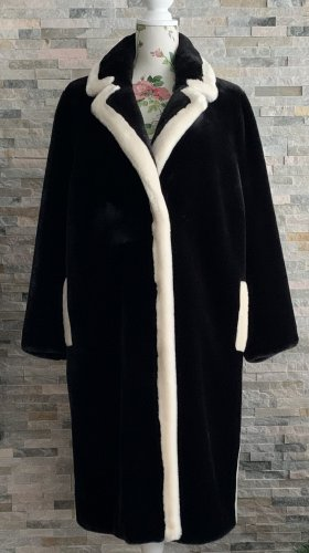 Stand Fake Fur Coat black-white